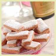 Biscuit Rose de Reims from the Fossier Company
