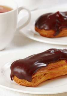 french pastry chocolate eclair
