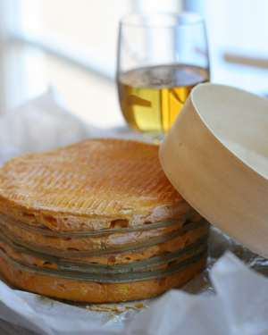 livarot cheese with calvados