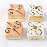petits fours cakes